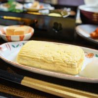 【自慢の絶品焼き立てだし巻き玉子も楽しめる】日本料理「弁慶」朝食和定食を味わう宿泊プラン