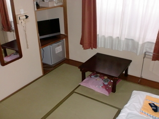 【禁煙】和室☆WiFi完備★素泊まり※門限0時半