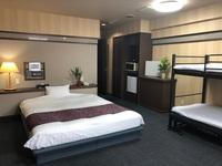 【禁煙】ファミリールーム♪ ダブルベッド+2段ベッド