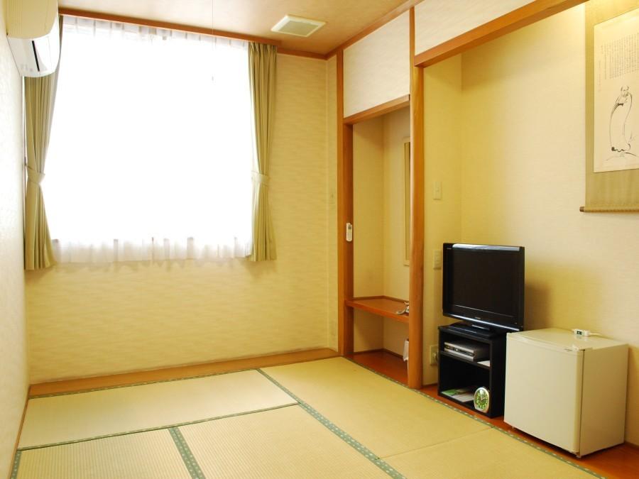 【6畳一間】1名様〜ご家族様利用OK!畳の部屋でのんびりゆったり和室プラン[素泊り]