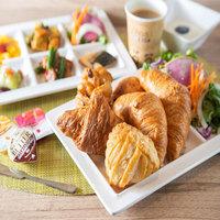 【日・祝日限定】ホリデープラン【男女別高濃度炭酸泉&焼き立てパン健康朝食ビュッフェ付】