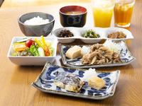 【メイン料理2種から選べる和朝食付】レギュラープラン