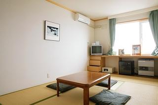本館エコノミー和室7.5畳(畳もしくはカーペットタイプ)