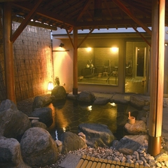 【訳あり】本館から徒歩3分『別邸・華海月』素泊まりプラン☆お風呂は温泉大浴場の利用可