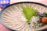 【旬の味わいシリーズ寂雪】下関産ふぐのお造り・ふぐ鍋・宮城の美牛と焼きガニ 雪降る晩餐
