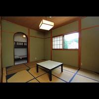 和室と二段ベッドの和洋室