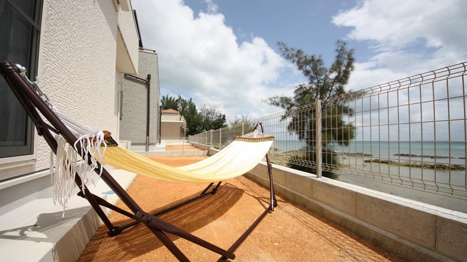 The Feel Kincho Seaside Villa Nagi