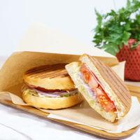 【Breakfast】やっぱり朝食は食べたい!お洒落なカフェでモーニングタイム♪<朝食:8:30〜>