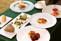 【ペット専用・1泊2食付】夕食のフレンチコースに『鮮魚のお造り盛合わせ』が付いた豪華コース♪