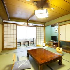 【喫煙】和室12畳バス・トイレ付 (6名定員)