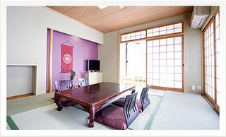 月の棟【和室10畳】バス・洗浄トイレ付(個室食『遊花亭』)