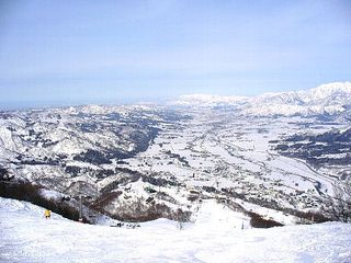 【快適スキー】!1泊2食石打丸山リフト2日券付きプラン