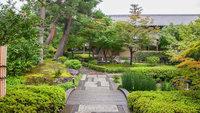 【南禅寺「順正」の夕食付】水路閣でいただく 湯豆腐の名店「ゆどうふ会席」もしくは「ゆば会席」