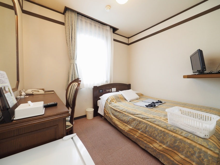 STANDARD SEMI DOUBLE ROOM (Standard Semi Double Room)