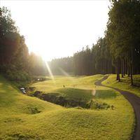 高原の風を感じるゴルフプレイ+夕朝食付
