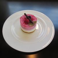 【 アニバーサリー☆ 記念日 】 にカットケーキ&teaプレゼント付プラン♪≪朝食付き・駐車場無料≫