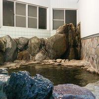 【朝食付き】最終インは21時!観光の後は天然温泉でリフレッシュ、翌朝は和朝食をご用意♪