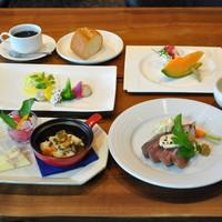 #スタンダード#夕食は…シンプルde嬉しい♪ 赤身だけど柔らか牛ランプのステーキディナー《夕朝食付》