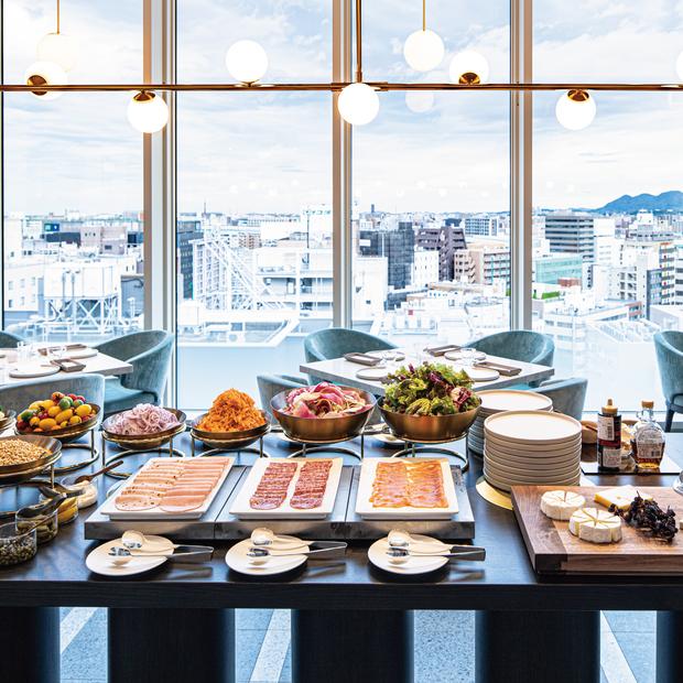 【朝食付】上層階(10〜12階)客室確約!温泉スパ利用付・ベーシックステイプラン