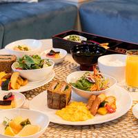 【部屋食で三密回避★】選べるルームサービスでディナー&朝食でゆったりSTAY〜天然温泉スパ付