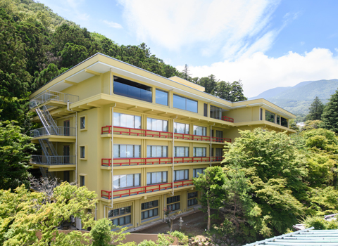 フォレスト・ウイング 昭和35年(1960年)建築