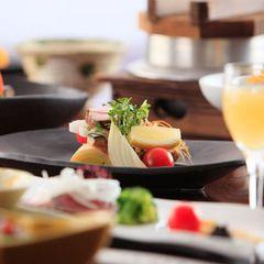◆サクサク美味しい【かりんとう饅頭付】・夕食は北海道を味わう≪季節の美味会席≫【夕朝食付】