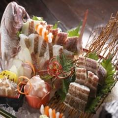 """◆【ご長寿お祝いプラン】ご家族みんなで〜思い出の品と共に〜""""鯛の姿造り付"""" ≪季節の美味会席≫"""
