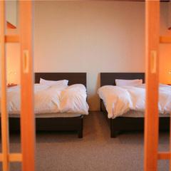 【畳とベッドで寛げる和洋室】海の幸と飛騨牛の創作『加賀宝船』無料貸切露天風呂