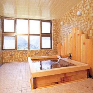 ■グループ・団体のお客様■広々32畳の和室でお得に宿泊!お食事なしのお手軽プラン【素泊まり】