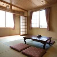 【和室】2〜4名様利用 / バス・トイレ付
