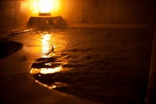 和食の朝食で気分良い朝をスタート☆源泉かけ流しの温泉でゆったり♪別府駅も徒歩10分
