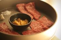 【希少部位三品付/肉屋の特別な「七段」】ご夕食焼肉コース「六段」から「七段」へアップグレードプラン