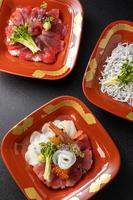 【1日3組限定】2食を個室でご用意!選べる3種の丼プラン