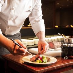 【スタンダード懐石コース】料理人によるパフォーマンスと茶玻瑠オリジナル懐石