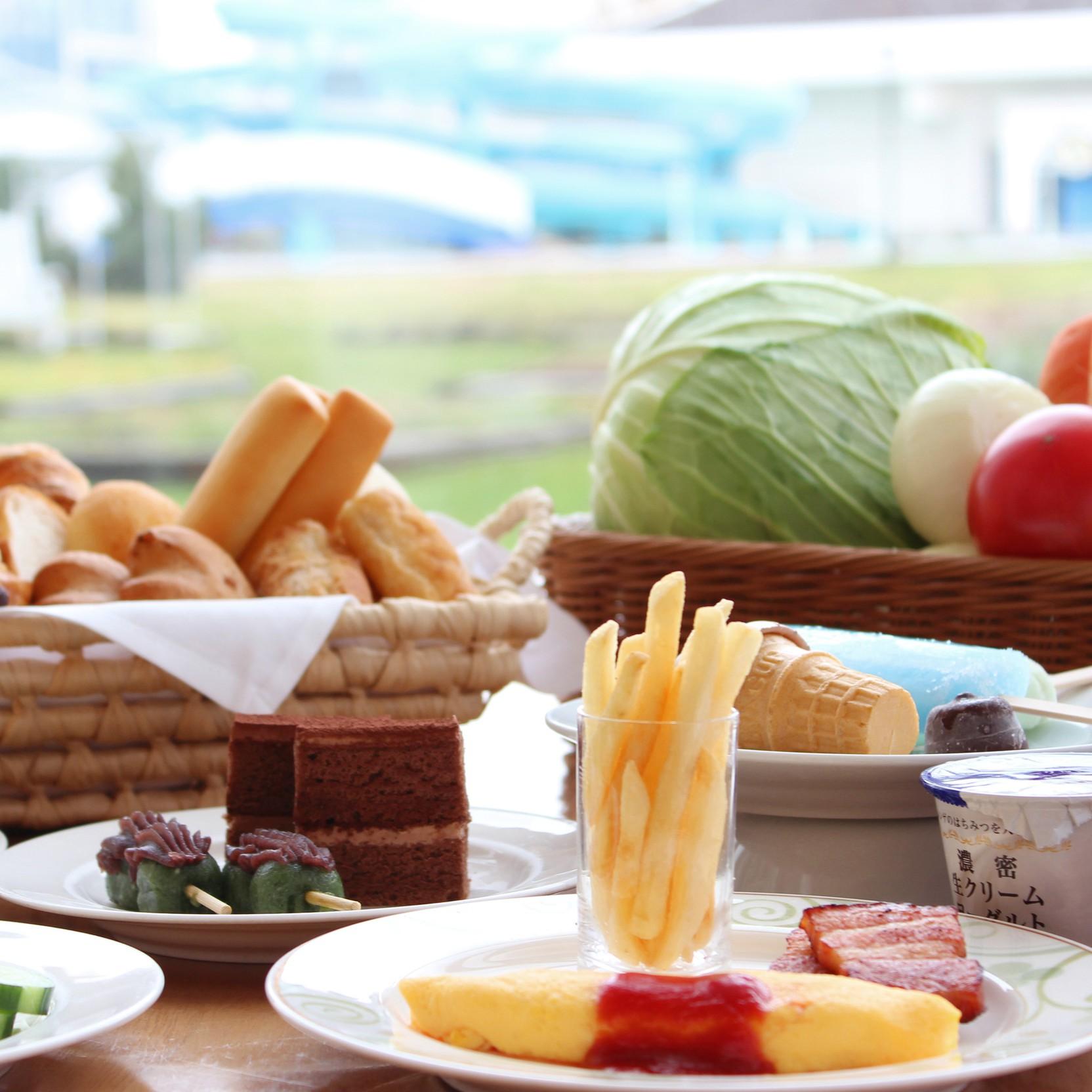 【カップルお勧め】★プールデートもたまにはいいね♪ ≪ご朝食付セミダブルプラン≫