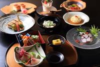 [1泊2食] お得に京都を満喫「納涼床で純和風京料理を楽しむ」特別宿泊プラン