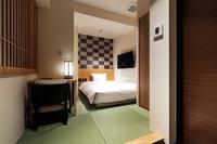 【ダブルベッド】和室 畳敷 広々お風呂 バス・トイレ別