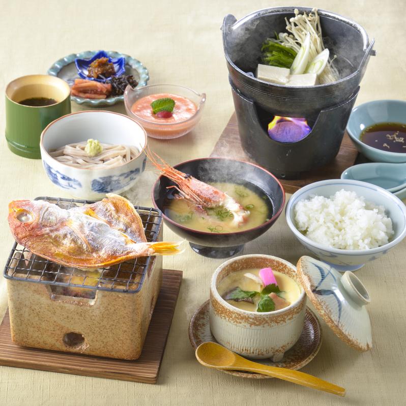 【朝食付】1日の始まりは朝食から!地元食材を生かした和朝食(丹後産こしひかり使用)