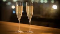 【開業1周年記念】乾杯スパークリングワイン・土日祝ディナーブッフェ/牛サーロイン鉄板焼(夕食18時)