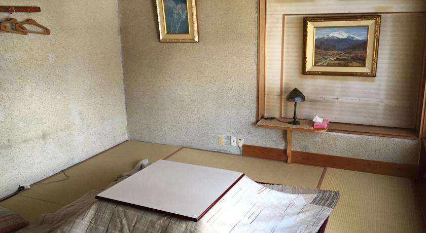 宿 栂池スキーハウス<手作り工房 與利子>