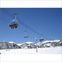 平日スキー・スノボを楽しもう!!《栂池高原スキー場》大満足のリフト2日券付プラン(1泊2食付)