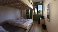 広々セミダブルの2段ベッド ツインルーム