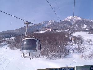 ◆ファミリープラン【大人2名+子供2名】◆スキー場、日本の滝百選、葛飾北斎の天井画など見所いっぱい♪
