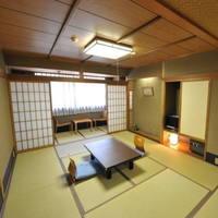 和室10畳 または 12畳<バス・トイレ付><禁煙>