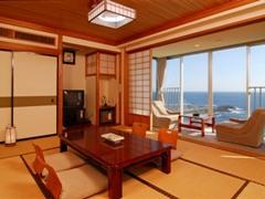 【夕食はお食事処で】人気の海側 本館和室又は洋室ツイン