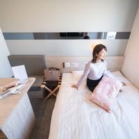 【朝食付き】レディースルーム【140cm幅ダブルベッド】