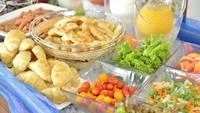 【春夏旅セール】【朝食付き・夕食なし】島の名産佃煮・新鮮野菜などボリューム満点の朝食