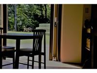 奈良公園に泊まろう!キッチン付きロッジで暮らすように過ごそう!!世界遺産と自然と鹿とゆったり時間。