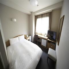 ◆喫煙ダブル◆WiFi完備&サータ社製ベッド