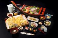 【飲み放題】屋形船で、料理も景色も大満足!  普段と違う宴会をどうぞ!